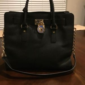 Micheal Kors Black and Gold Purse